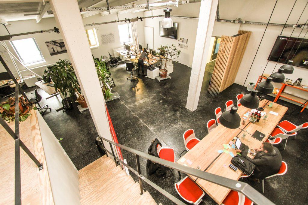 Startup Office groß