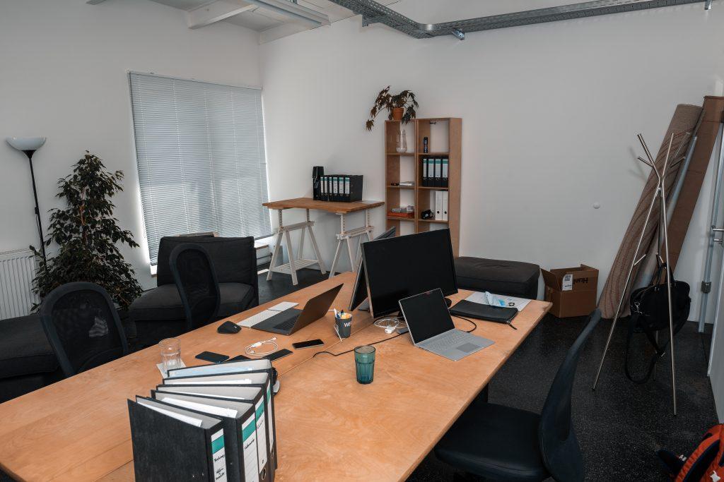 Startup Office klein